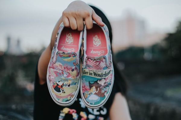 canvas shoes with illustrations